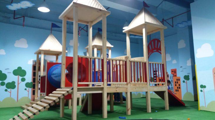 プラザスナヤンの新しい遊び場
